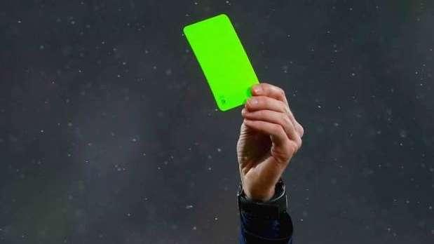 tarjeta verde futbol